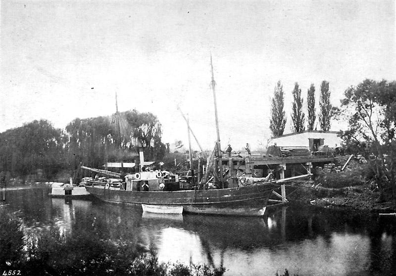 Railway-wharf-Paeroa
